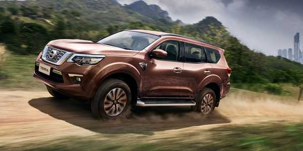 nissan terra 2019 on the road