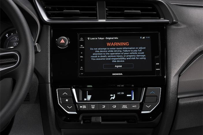 Honda Mobilio 2017 Interior