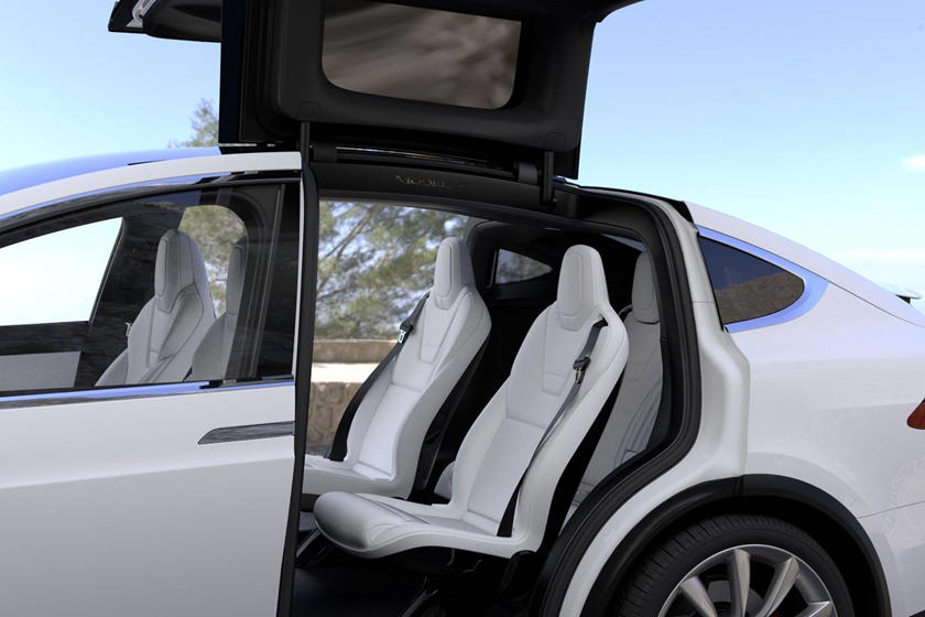 Tesla Model X 2020 interior