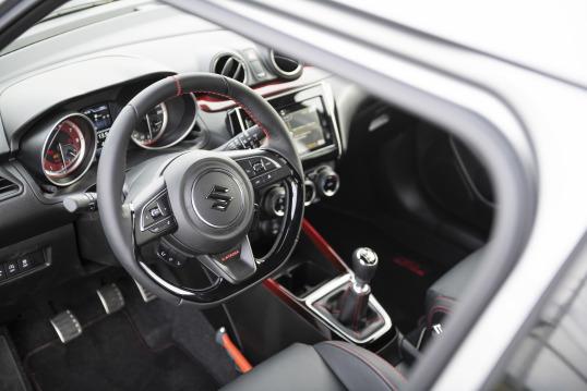 Suzuki Swift 2019 Interior