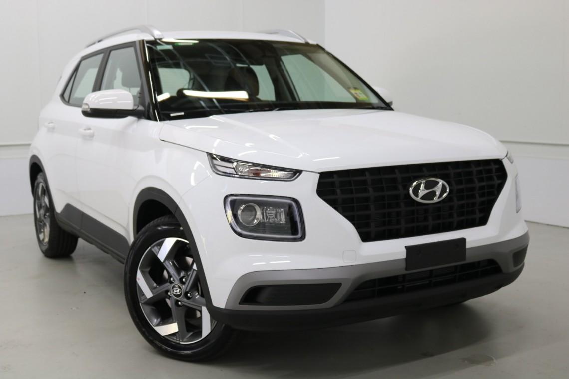 Hyundai Venue 2020 in Polar White