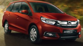 Honda Mobilio 2017 Review: What 's good in this cheap MUV?